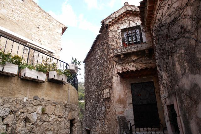 Leggi argomento mont bastide for Case ricoperte di edera
