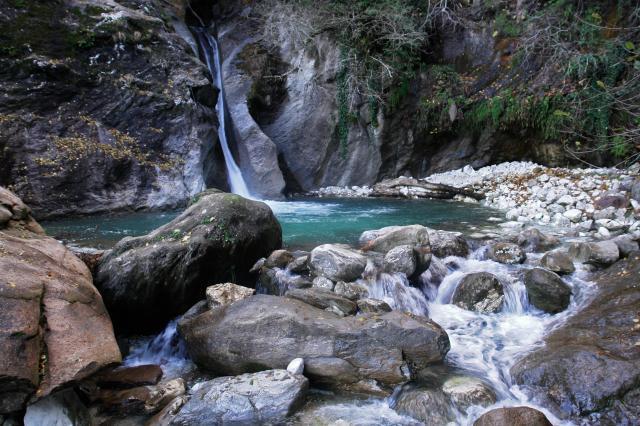 Leggi argomento cascata malbacco for Cascata laghetto